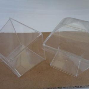 чаша пластмасова