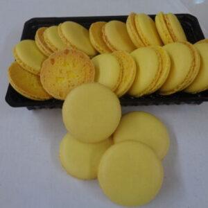 френски макарони жълти